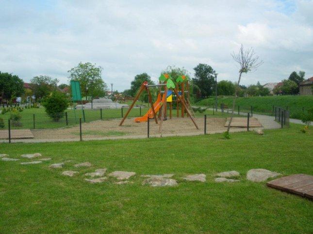 loc de joaca - Parcul Uzinei