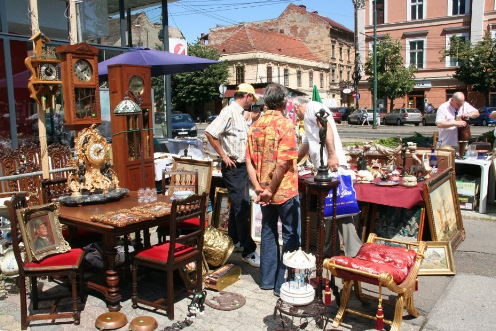Antique & Handmade - iulie 2012 by Expo Timisoara International