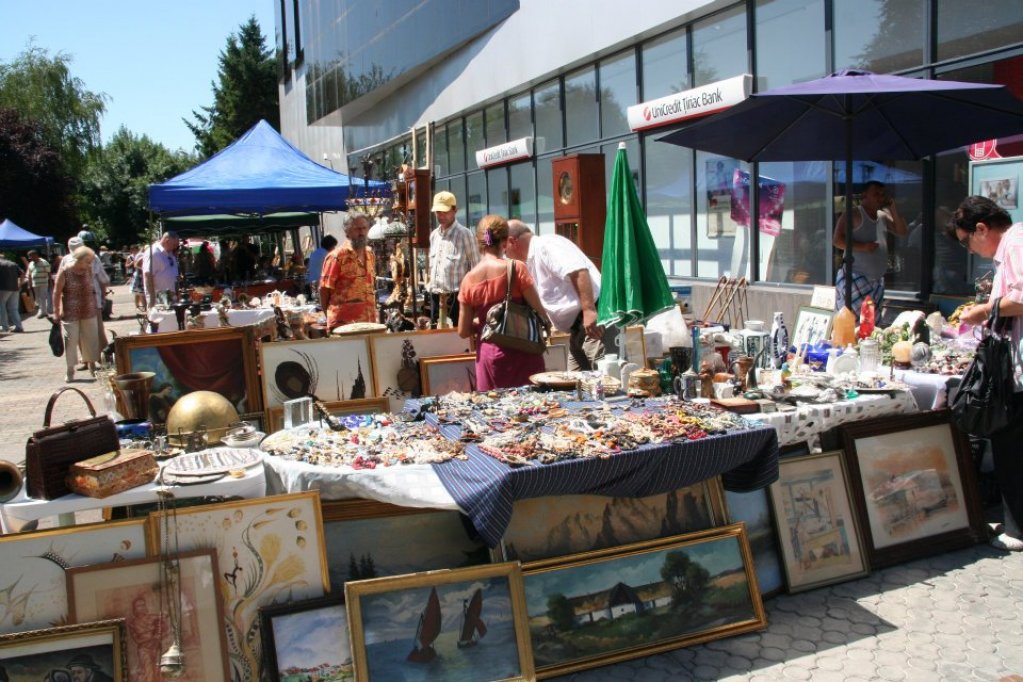 Antique & Handmade - iulie 2012 by Expo Timisoara International