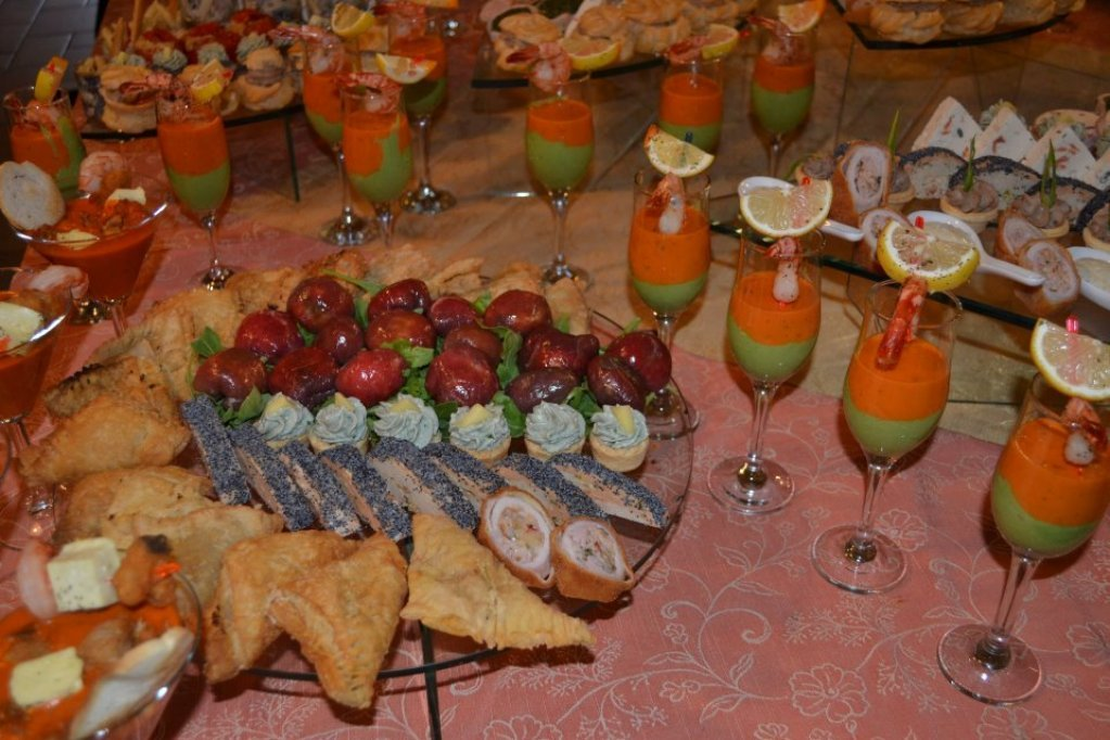 nora clasic catering large