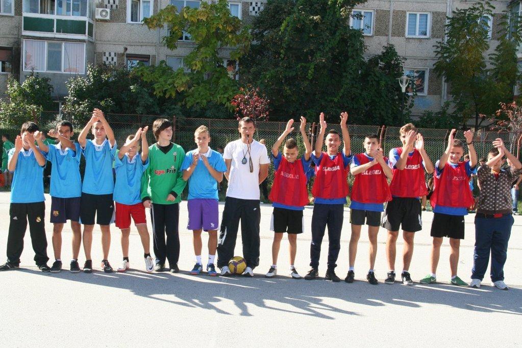 Campionatul Scolar de Fotbal 2012-2013