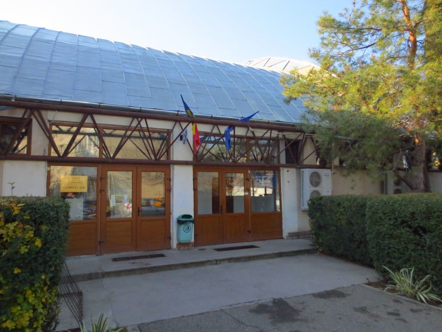 Sala Clubul Scolar Bega