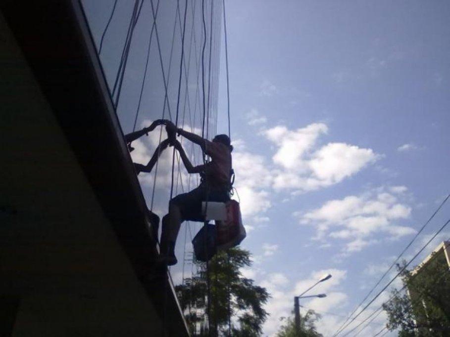 Akrobat Expert