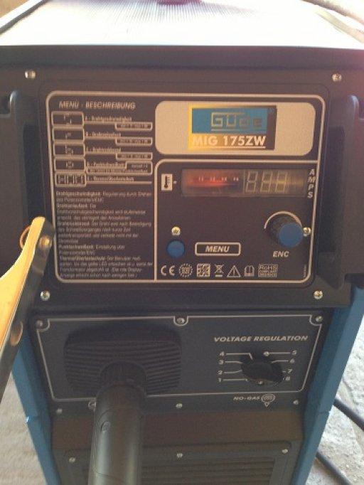 aparat sudura MIG MAG GAS NOGAS profesional de 180 amper