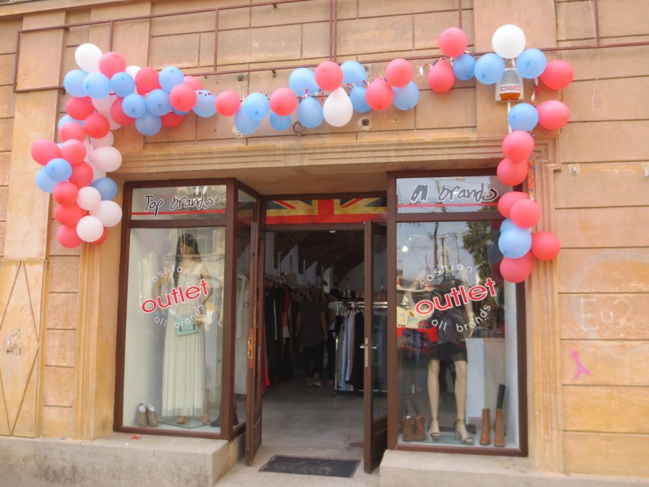 Outlet - Strada Mercy