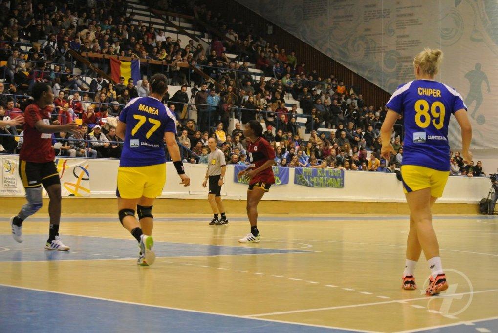 Romania 28-18 Angola