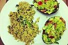 Quinoa cu migdale si cocos & avocado umplut