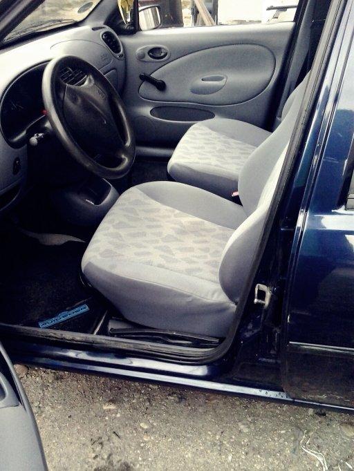 Vand Ford Fiesta sau dau la schimb.