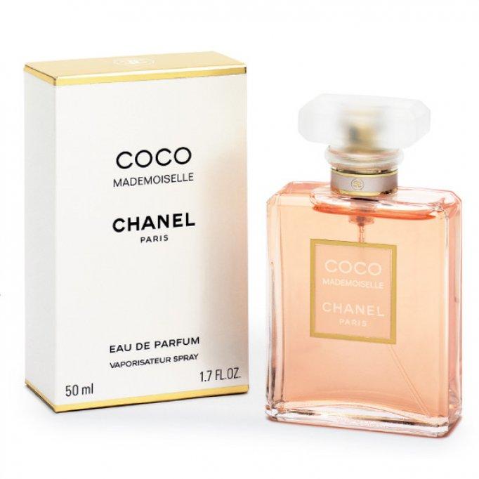 Vand parfumuri de firma la preturi foarte mici