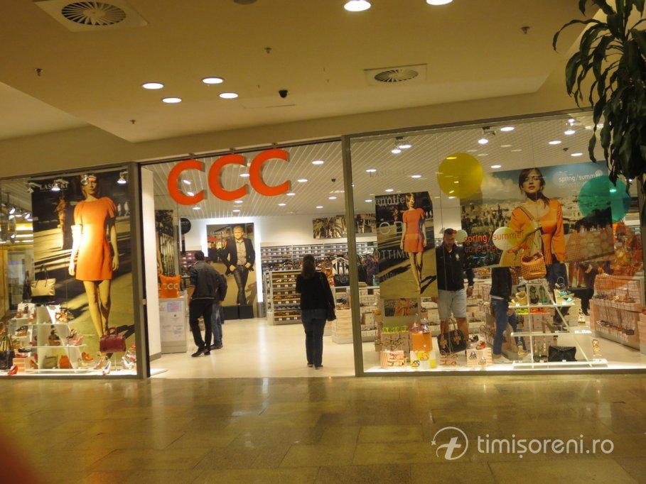 imagini noi din reducere mare design nou CCC, imbracaminete/incaltaminte din Timisoara
