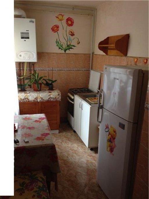 Inchiriez apartament 1 camera, decomandat, utilat, cetrala proprie, zona Girocului