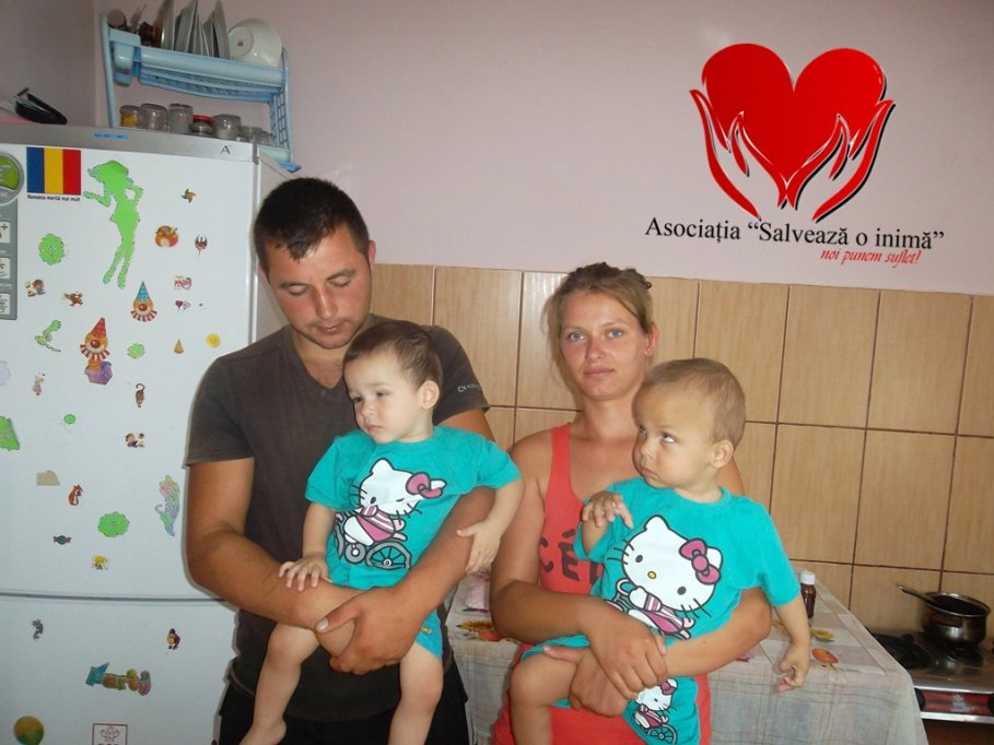 """Campanie umanitară a Asociației """"Salveză o inimă"""" """"Gemenii vor să vadă zâmbetul mamei!"""""""
