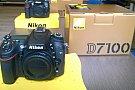 Super pret!Nikon D7100 body!