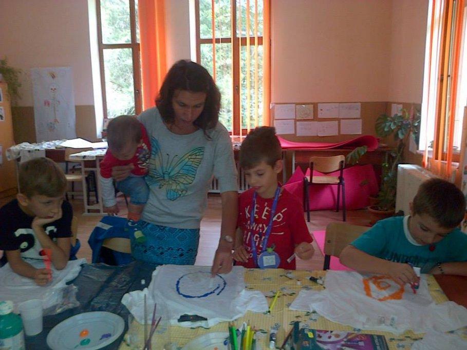 Atelier de pictura cu Manu Anghelescu