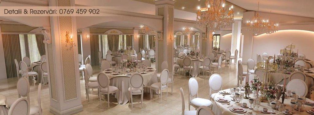 Rivière Ballroom