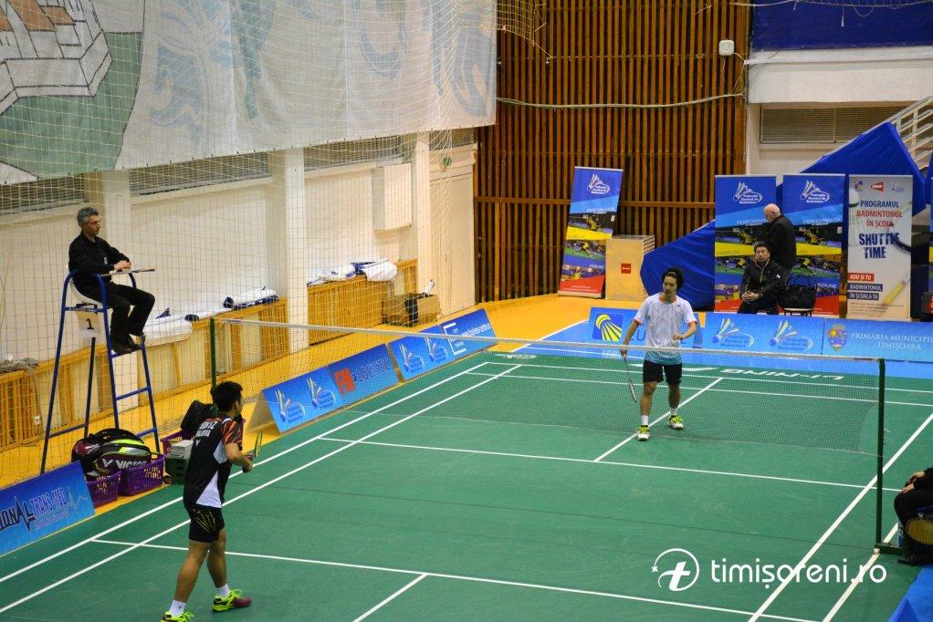 Încep Internaționalele României de badminton