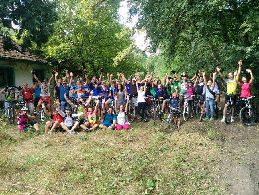 """Tura ciclistă bănăţeană """"Verde pentru Biciclete"""" 2016 nr. 1"""