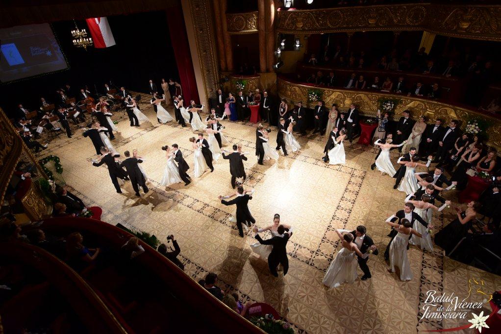 Copii și tinerii sunt invitați să participe la Balul Vienez de la Timișoara