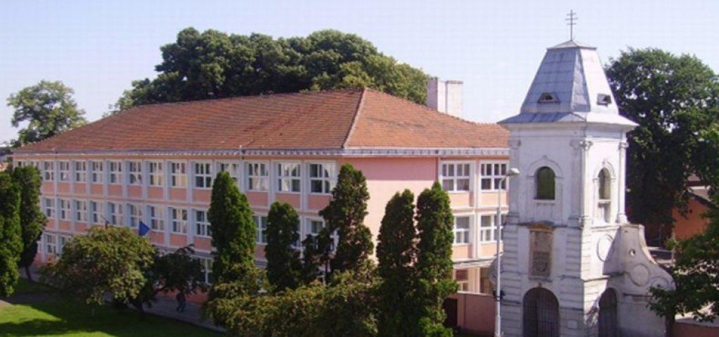 Colegiul Naţional Iulia Hasdeu Lugoj