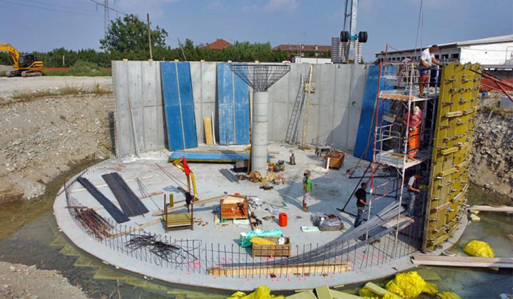 LucInvest.ro – Recomandarea specialistilor: cofraje metalice pentru solidificarea materialelor fluide din domeniul constructiilor