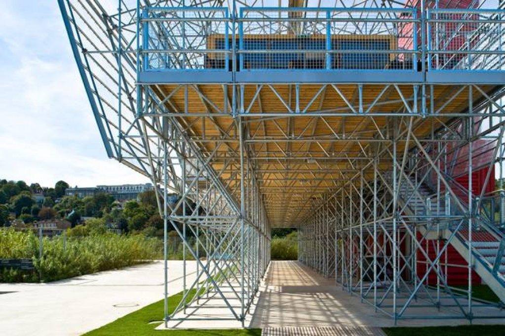 LucInves.ro – Schele metalice – Echipamente profesionale si solutii tehnice inteligente pentru proiecte dedicate celor mai inalte constructii