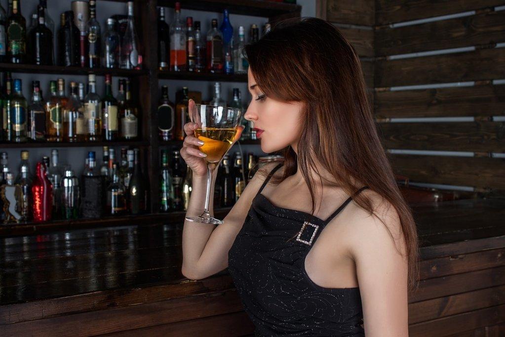 Rochiile cocktail - ce trebuie sa stiu atunci cand cumpar una?
