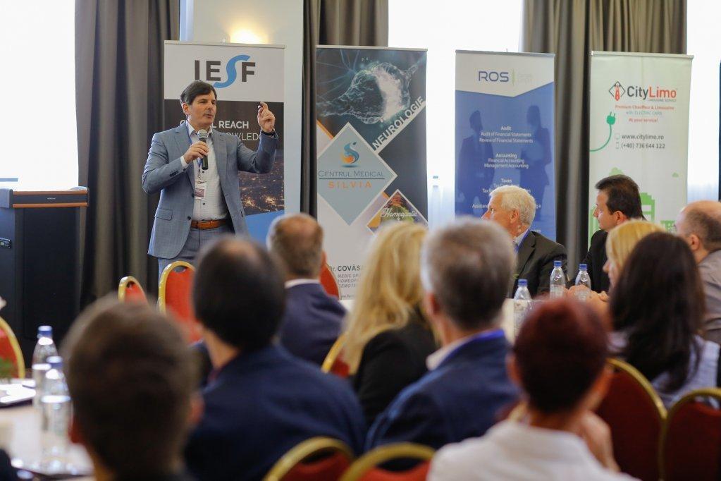 Specialiști din 15 țări au dezbătut, la Timișoara, impactul noilor tehnologii asupra umanității în era digitală