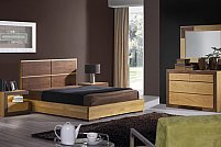 Amenajarea dormitorului cu mobilă din lemn masiv de stejar