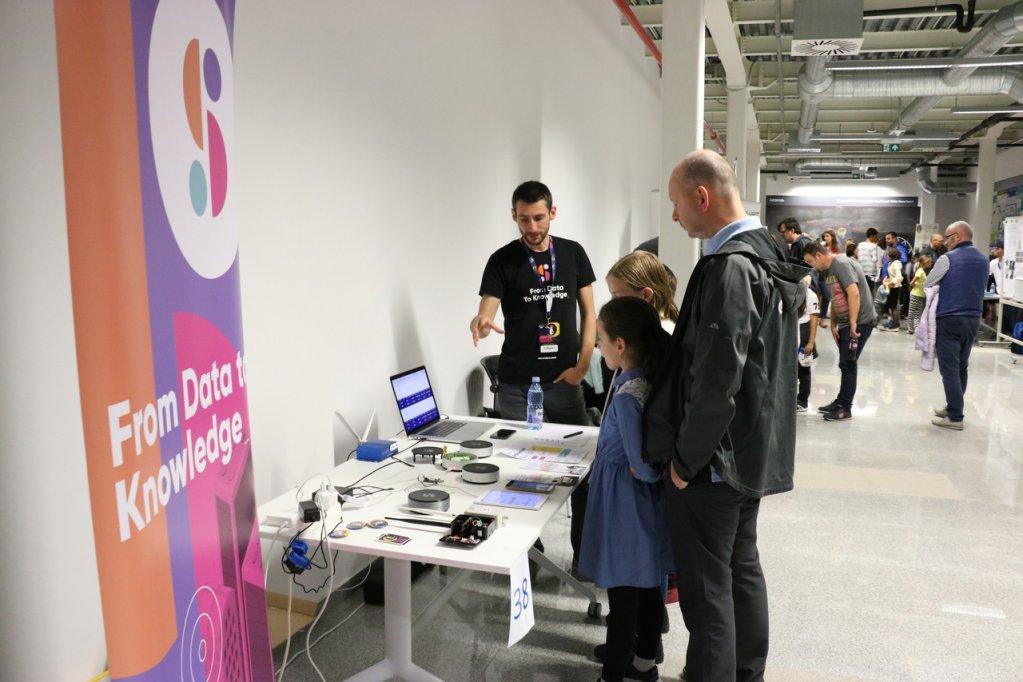 Compania Sensidev a prezentat în cadrul expoziției Noaptea certetătorilor, găzduită de Nokia