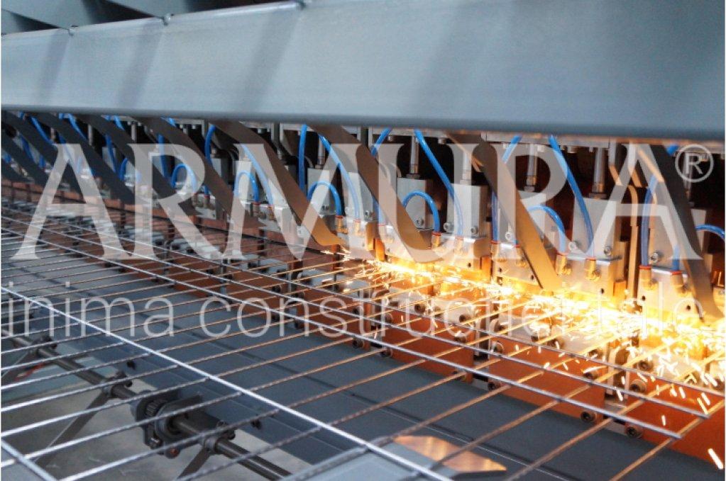 ARMURA produce în Suceava panouri bordurate zincate pentru garduri