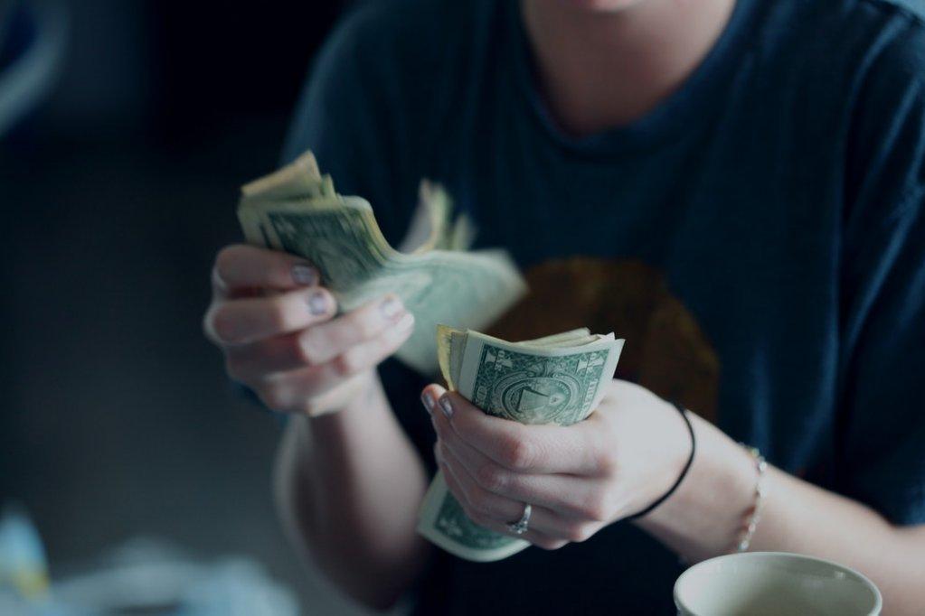5 investitii inteligente din care poti obtine bani rapid