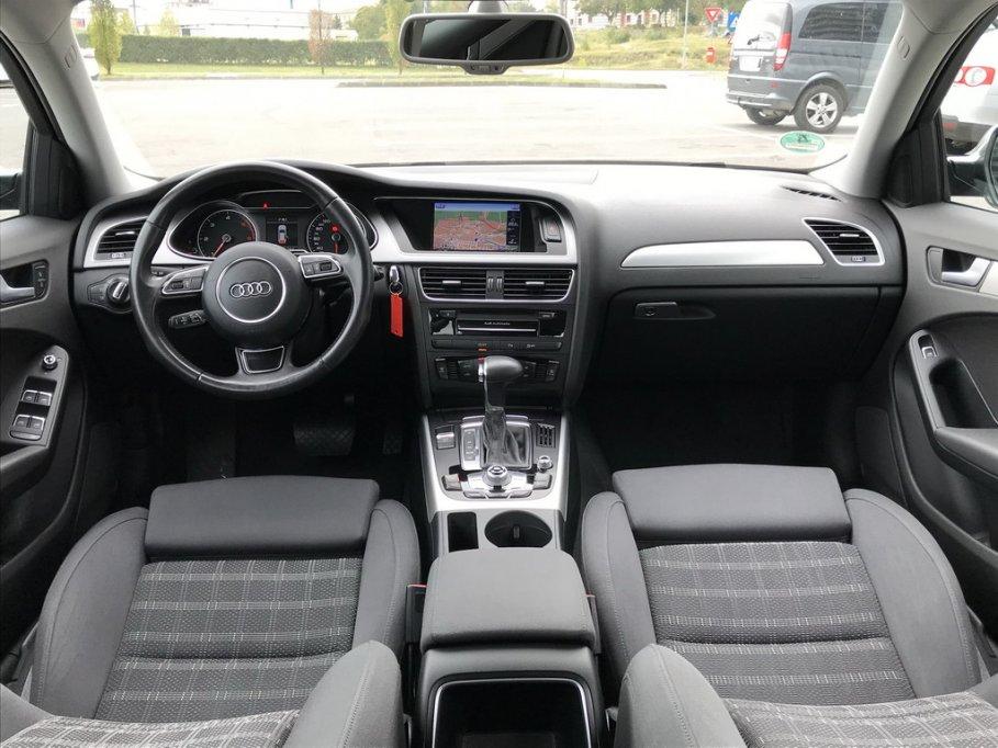 Audi A4,an 2014,automat,150 cp