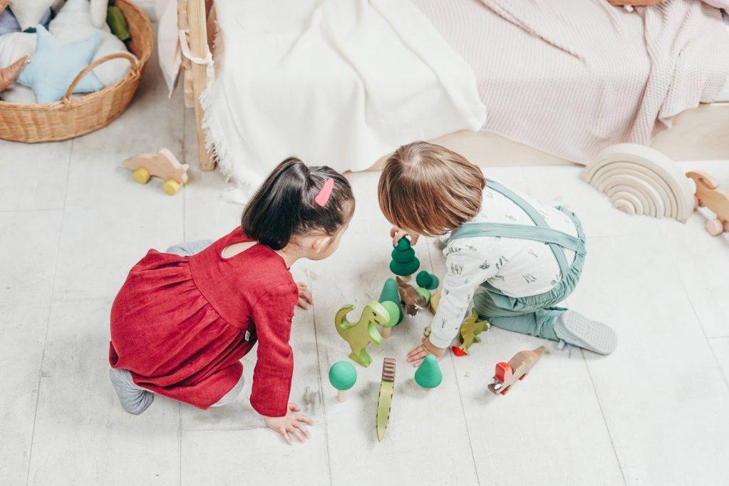 6 articole care nu ar trebui să lipsească din camera copiilor