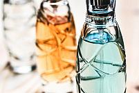 Apă de toaletă vs apă de parfum: Ce diferențe există între cele două?