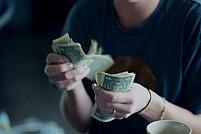 Top 4 întrebări pe care să le adresați creditorului