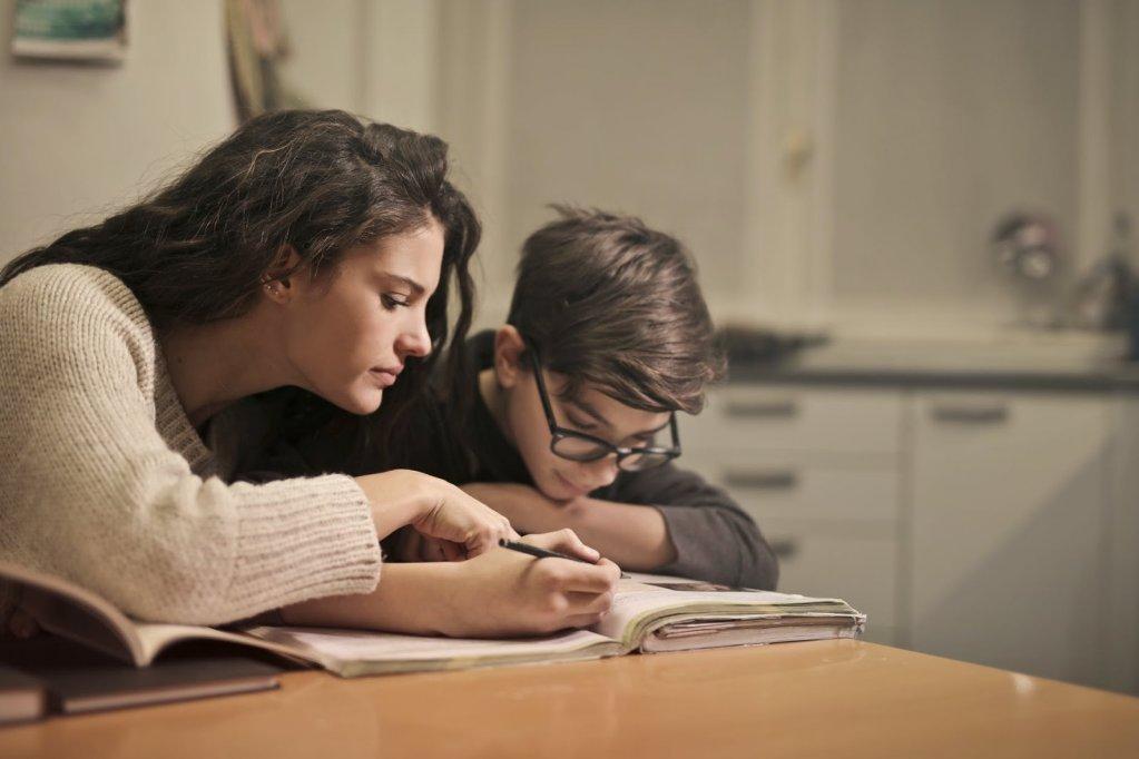 Cum îl pregătești pe copilul tău de începerea noului an școlar