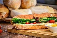 Ce ar trebui să conțină un sandviș sănătos și consistent