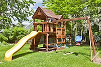 Cum amenajezi un loc de joacă în curtea casei?
