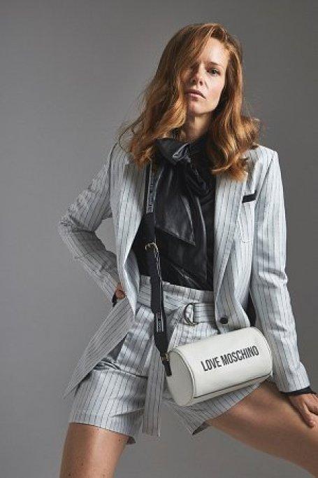 Pantaloni scurți de damă la modă pentru primăvară și vară - ce modele vor fi în tendințe?