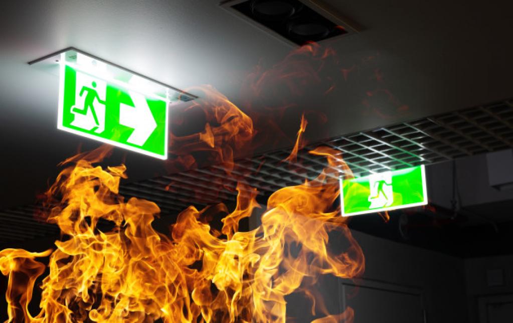 Ce trebuie să faci în caz de incendiu: 12 reguli