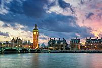 10 capitale europene care merită vizitate