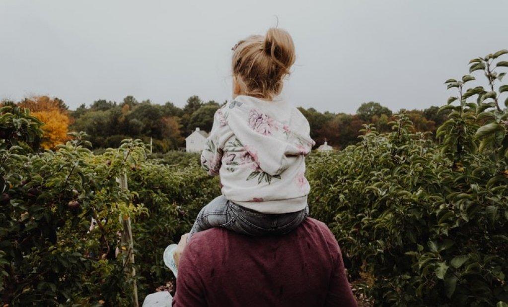 Cum să fii un părinte mai bun: 4 sfaturi utile