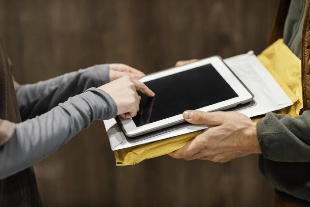 O semnătură digitală, soluția pentru eliminarea birocrației