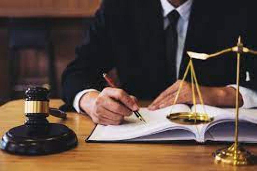 Onorarii avocat de top in tara si la CEDO