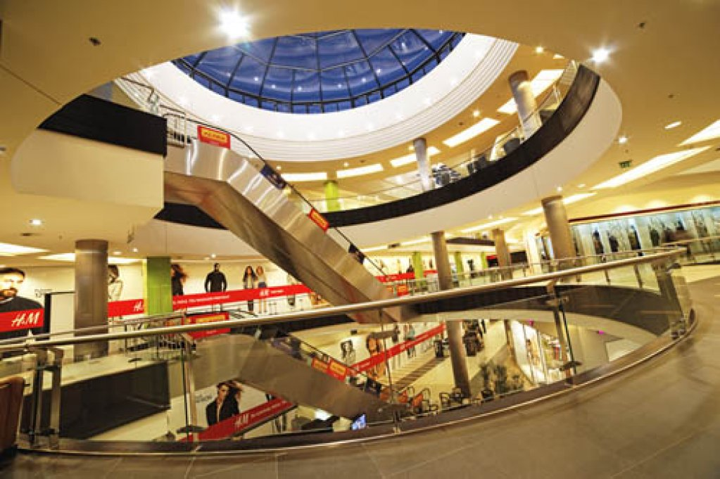 Atrium Center Arad
