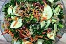 Salata de kale cu ton