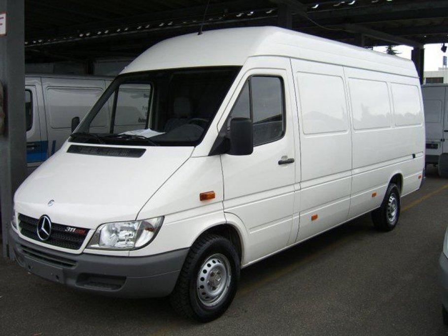 transport cu microbuse