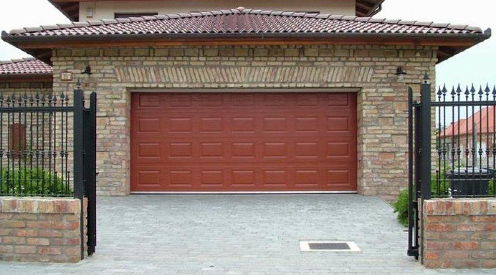 Omega Door