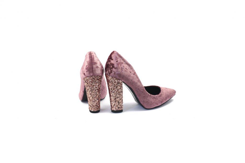 Lacarpa.ro-pantofi cu toc gros, trendul anului 2017