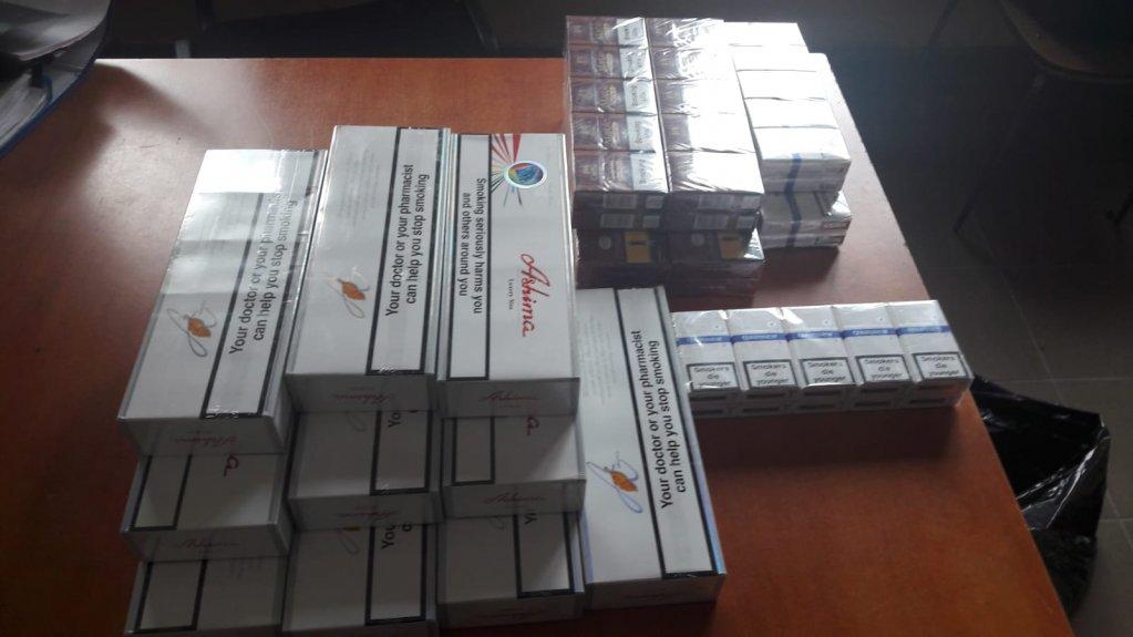 Tranzacție ilegală cu țigări de contrabandă, oprită la timp de Jandarmii Arădeni